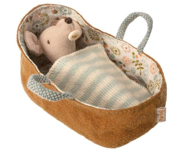 Maileg Baby Maus in Carrycot